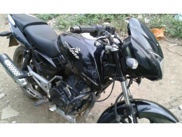 i m selling 150cc bajaj pulsar black condition
