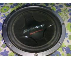 JAPAN MADE PIONEER CAR SUBWOOFER 900WATTS just 2 months old
